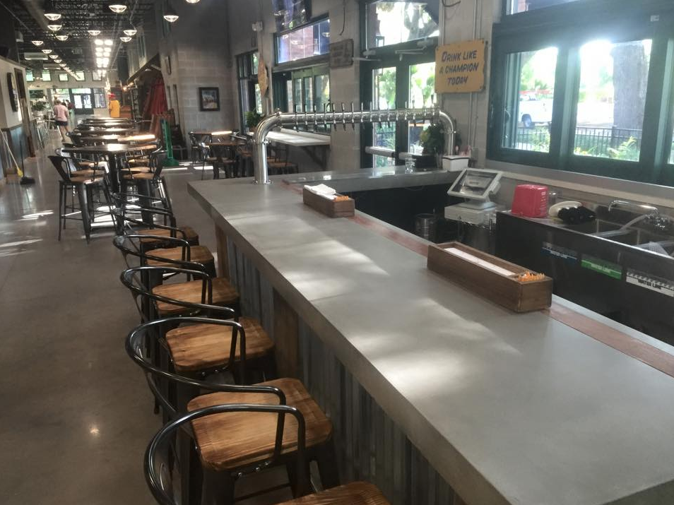 Barstools and Countertop